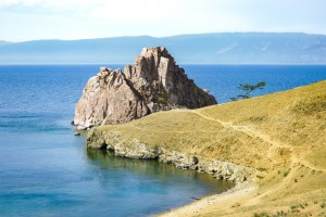 Shamanka rock on Baikal lake © fotolia